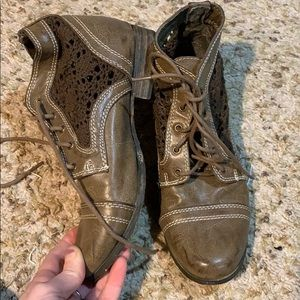 Vintage crochet ankle boots